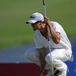 Scott leads Open Championship; Aussies steady (Video)