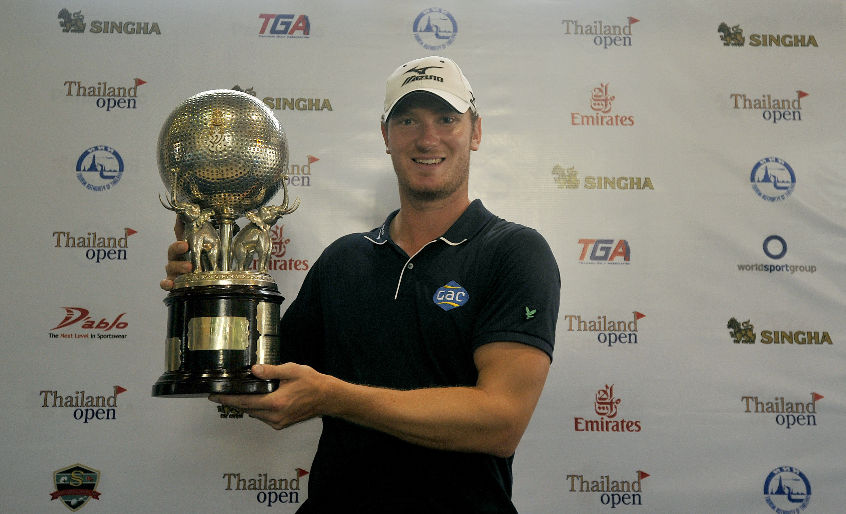 BANGKOK_THAILAND_CHRIS_WOOD_120812_013
