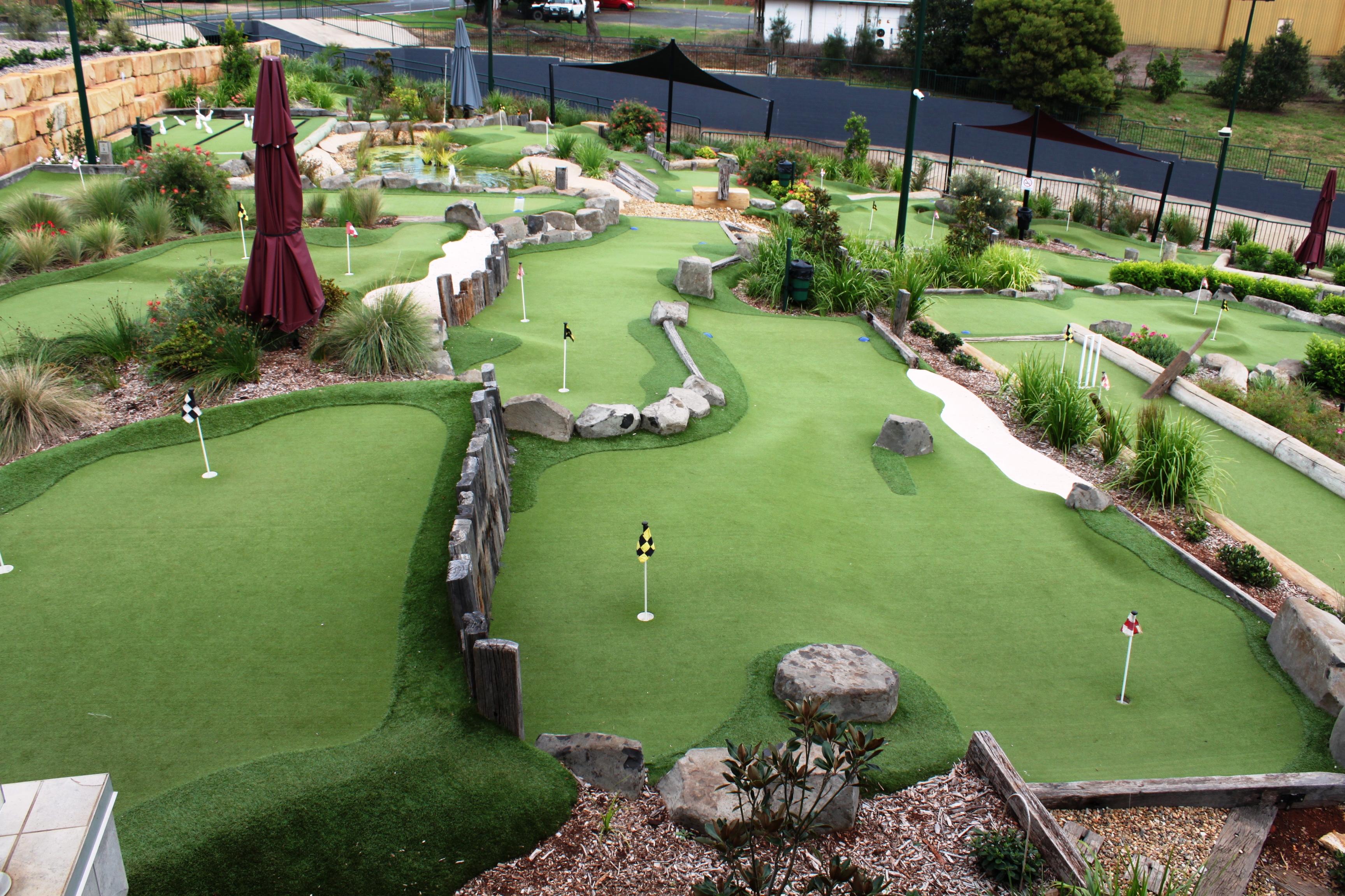 City mini golf circuit