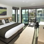 One of the gorgeous hotel rooms at Mercure Portsea Golf Club & Resort