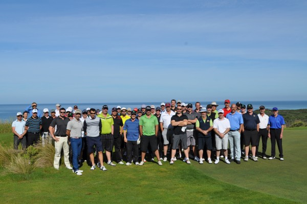 At first glance, can you tell if these golfers are club members or social golfers?