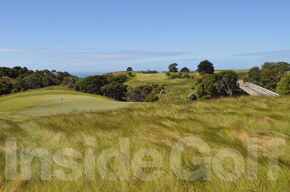 Cape Kidnappers 8th green back