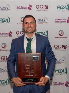'Embarrassed' Jamie wins volunteer award