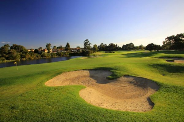 The Vines Lakes 16th hole