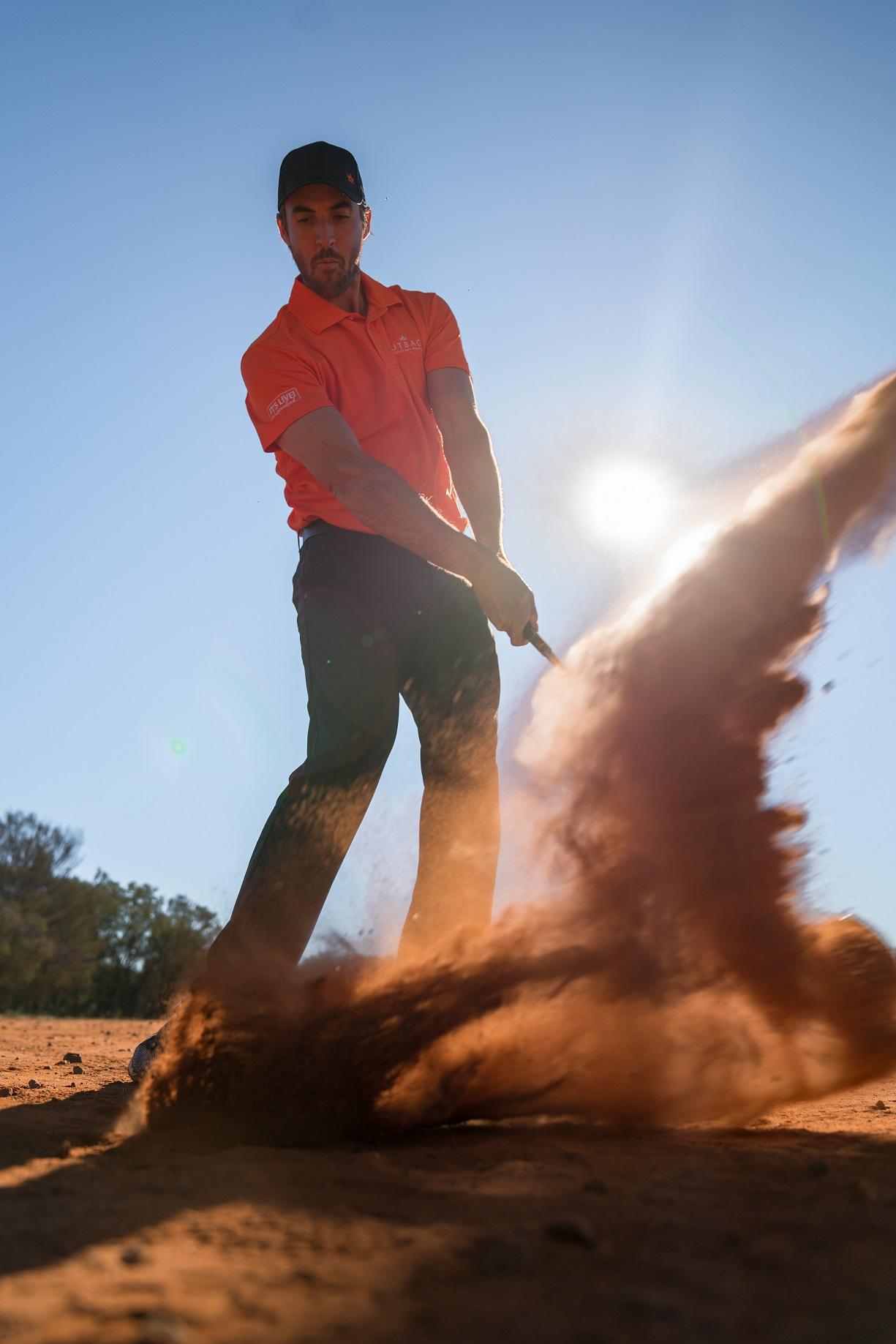 Charleville-hit-ball-in-desert