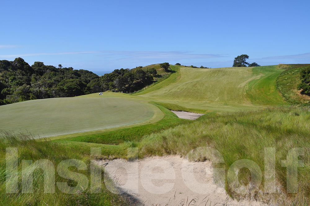 Cape Kidnappers 7th green back