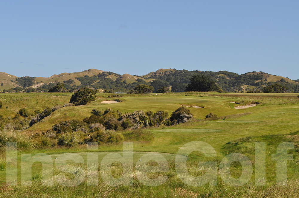 Cape Kidnappers 11th  tee