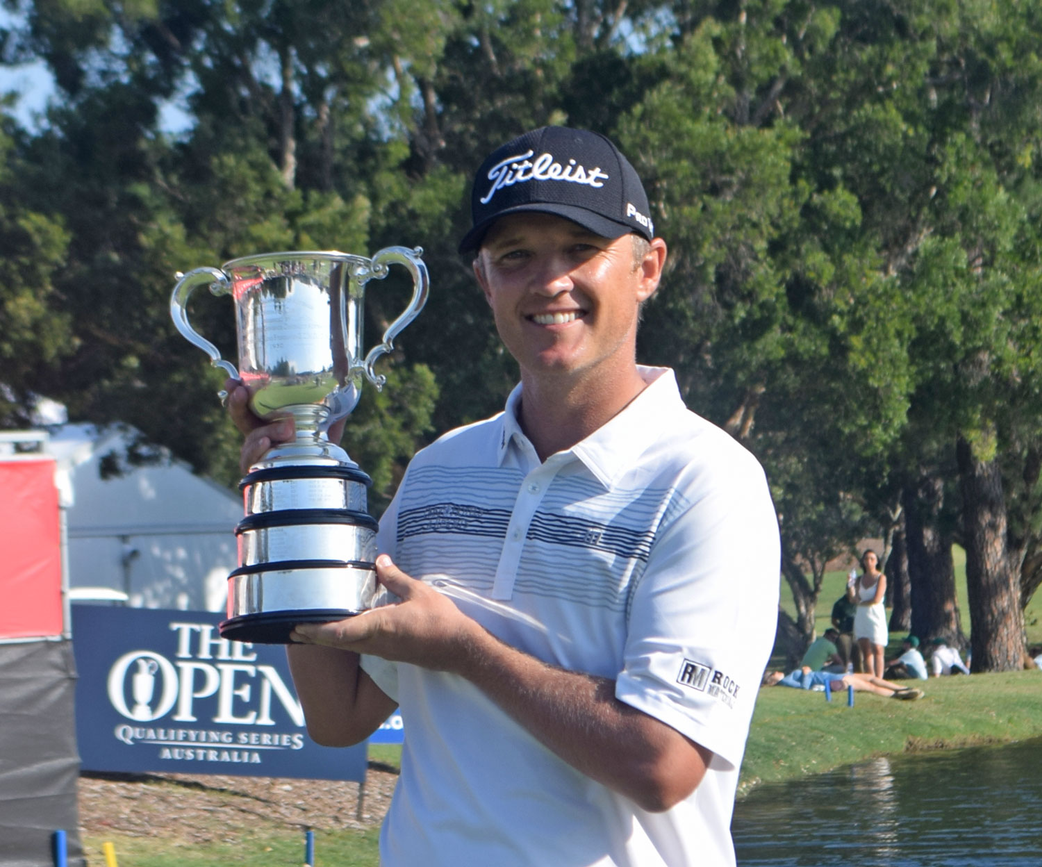 Matthew-Jones-Aust-Open-trophy-#1