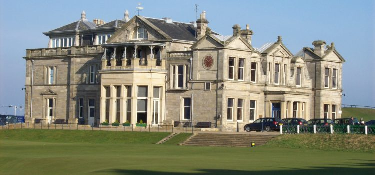 Women (finally) welcome at St Andrews